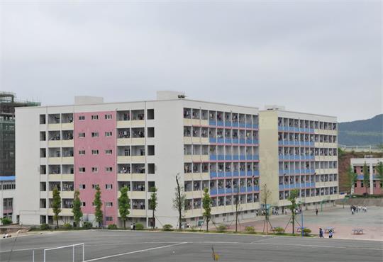 学生宿舍2.jpg
